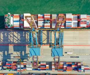 AN 'AGGRESSIVE' FIGHT OVER CONTAINERS IS CAUSING SHIPPING COSTS TO ROCKET BY 300%